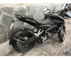 Moto Bajaj Rouser NS200 2016 3000kms negra