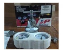 Equipo de Regulador de presión de oxígeno sin uso