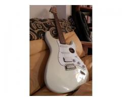 Guitarra Squier California Stratocaster HSS - Imagen 3/3