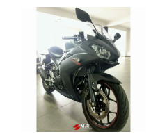 Vendo Yamaha R3