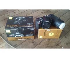 Vendo Nikon D3300 con zoom 70-300mm