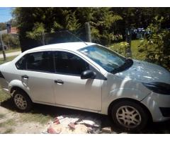 ford fiesta max ambiente 2011