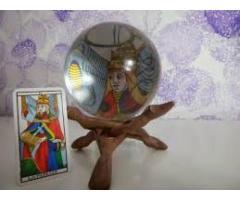 Oráculo con Cartas de Tarot.