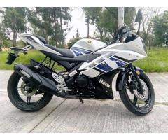 Yamaha Yzf R15 2014 contact whatsapp +971526695242