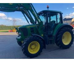 Tractor John Deere 6330 con cargador