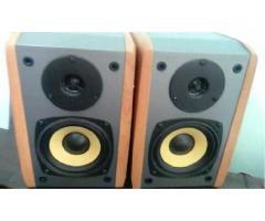 Monitores De Audio Edifier 2.0 24w Parlantes Activos