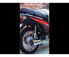 Vendo moto corven 110 impecable