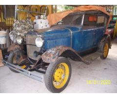 Vendo antiguo automovil FORD