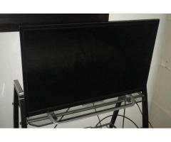 CAVA,SILLAS,TV