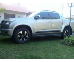 S10 high country 2016 75 mil km. Tope de gama impecable.