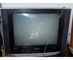 TV Samsung ,funcionando perfecto c/ control remoto