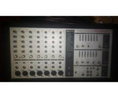 Consola Phonic 740 delux y tres parlantes