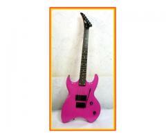 OFERTA Guitarra electrica PEAVEY23 no FENDER,IBANEZ,JACKSON,KRAMER