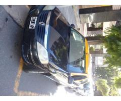 taxi Renault logan