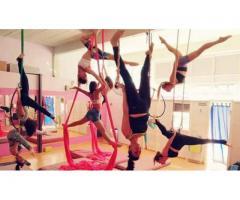 Clases de Acrobacia Aérea Combinada: Tela, trapecio y aro en San Andres