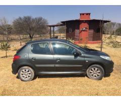Vendo Peugeot 207 Compact 2012