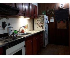 Venta de Casa Excelente en Moron! 4 dormitorio-2 baños - cochera cubierta para 2 autos. Dueño vende!