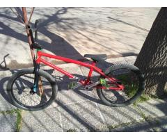 Vendo Bici BMX escelente estado