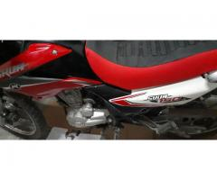 Vendo moto skua V6 150 motomel