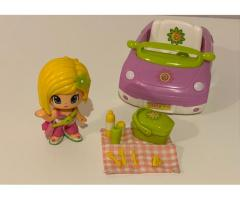 Auto PinyPon con muñeca