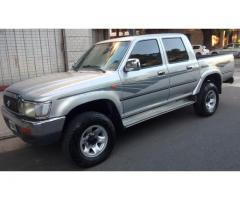 Toyota Hilux 3.0 D/cab 4x4 D Sr5 full full modelo 2001 muy buena excelente estado original 100x100 l