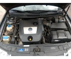 Volkswagen Bora 1.9 Trendline TDI 100cv  TITULAR, AL DÍA!!!