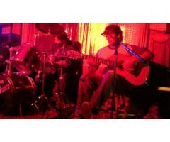 Clases de Guitarra en Monte Grande (Zona Sur) - Daniel Fanello