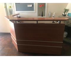 Escritorio Desk recibidor madera en excelente estado