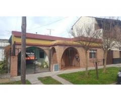 Bella Vista (San Miguel) Casa-135m²-5 Ambientes-1 Cochera