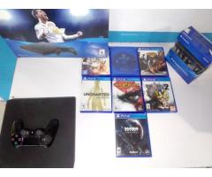 Sony Play Station 4 y accesorios