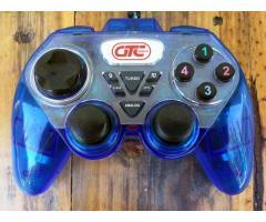 Joystick GTC para PC y PS3. Excelente mando.