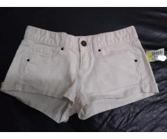 Short Mossimo Suppply CO