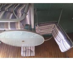 Mesa y sillas para patio o jardin