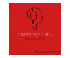 Compro CDs Cassettes Lps Simples en vinilo DVDs Musicales
