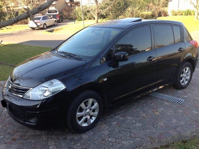 Nissan Tiida 2010 Negro - Beccar