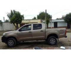 VENDO TOYOTA HILUX 4x2 CABINA DOBLE D X 2.5 TD LN IMPECABLE IMPECABLE!