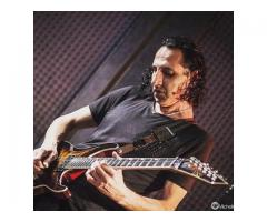 Clases de guitarra electrica y española presenciales y por skype para todo el mundo