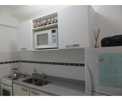 departamento 2 ambientes con cochera cubierta zona Guemes