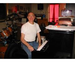 CLASES DE PIANO TECLADOS Y BATERIA PARA LA TERCERA EDAD CABALLITO